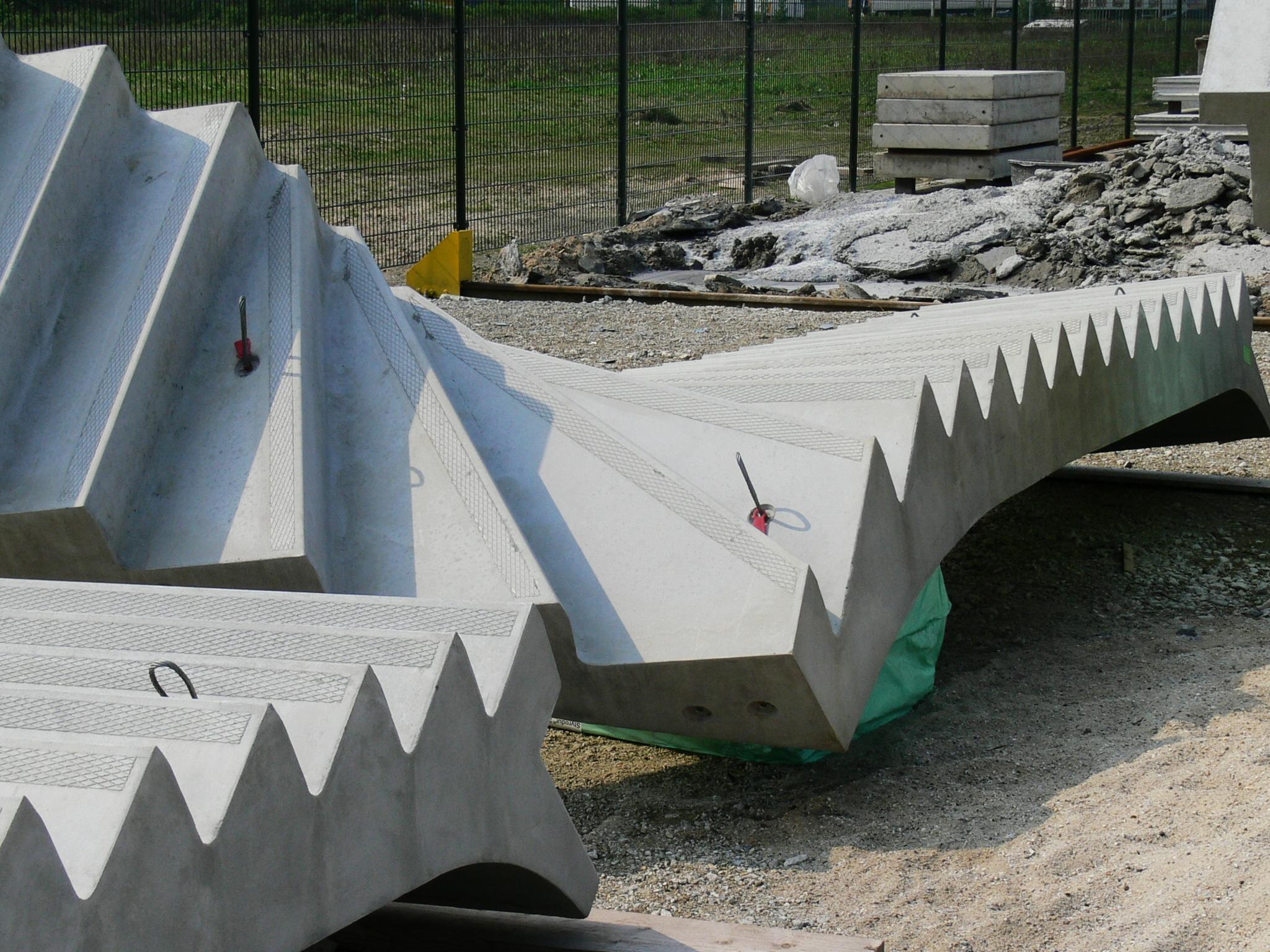 Draaitrappen beton maatwerk